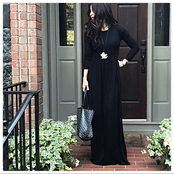 e88d50908ac ✨LAST ONES✨Black long sleeves pockets maxi dress